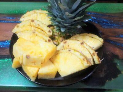 パイナップルの観葉植物化計画